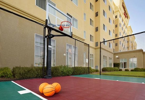 Residence Inn San Antonio Six FlagsR at The RIM: Sport Court