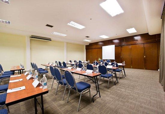 Protea Hotel by Marriott Windhoek Thuringerhof: Wartburg Conference Room