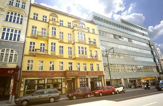 Old Town Apartments - Schoenhauser Allee (Berlin, Germany ...