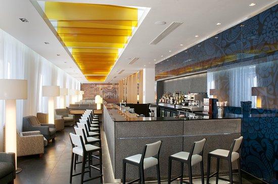 Holiday Inn Moscow-Simonovsky: Lobby Bar
