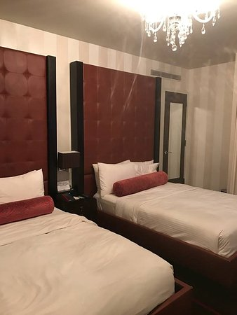 Sanctuary Hotel New York Photo