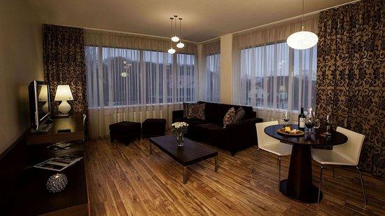 Ararat All Suites Hotel: Exterior