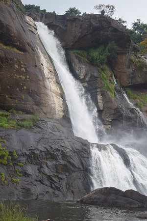 Athirapalli Water Falls