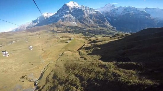Grindelwald, Switzerland: Me and my Girls ! Fly, Fly