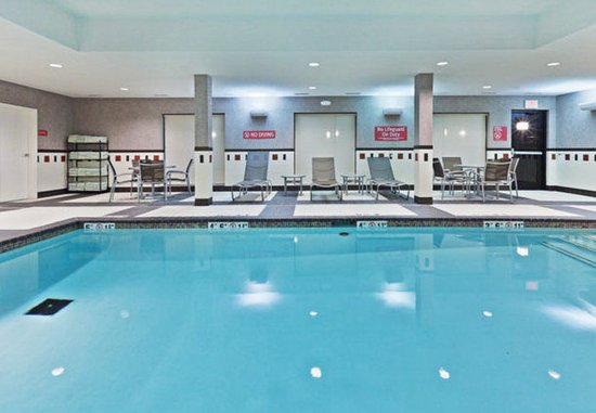 TownePlace Suites Tulsa North/Owasso: Indoor Pool