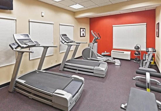 TownePlace Suites Tulsa North/Owasso: Fitness Center