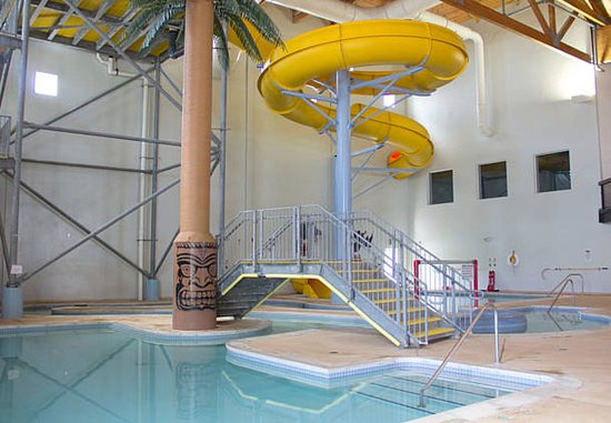 Fairfield Inn & Suites Watervliet St. Joseph : Indoor Pool and Water Slide