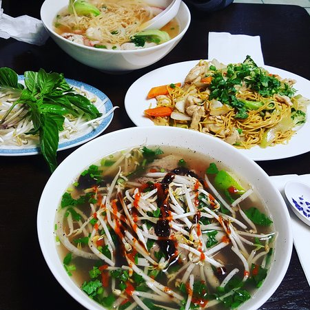 Lacey, WA: Rare Steak Pho and Noodles w/Chicken and Veggies
