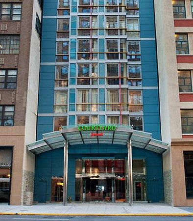 Courtyard New York Manhattan/SoHo: Exterior