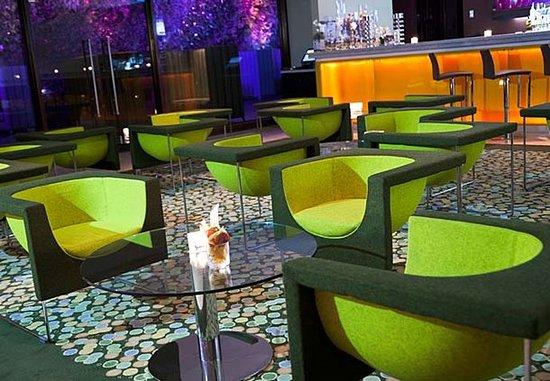 Renaissance Caracas La Castellana Hotel: Entre Hojas Lounge