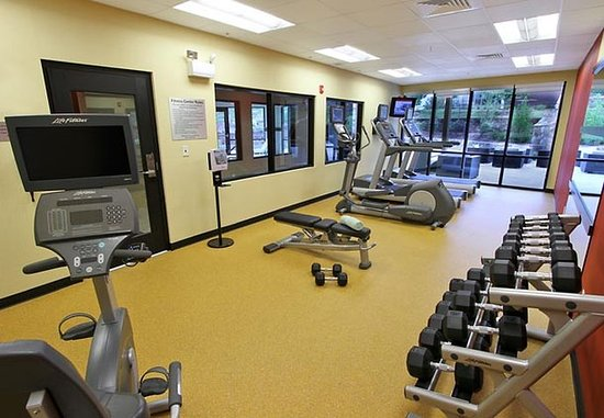Courtyard Raleigh North/Triangle Town Center: Fitness Center