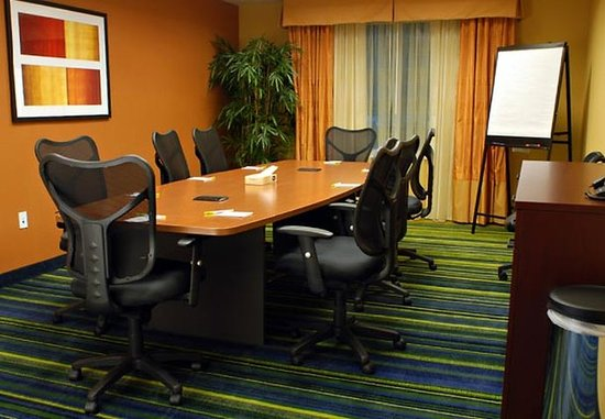 Fairfield Inn & Suites Millville Vineland: Zach Durst Boardroom
