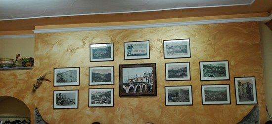 Novara di Sicilia, Italy: Foto in sala pranzo