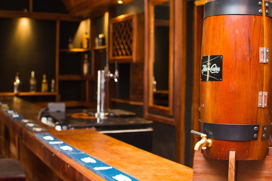 Kaffe Cafe Bistro: Nuestro PUB....