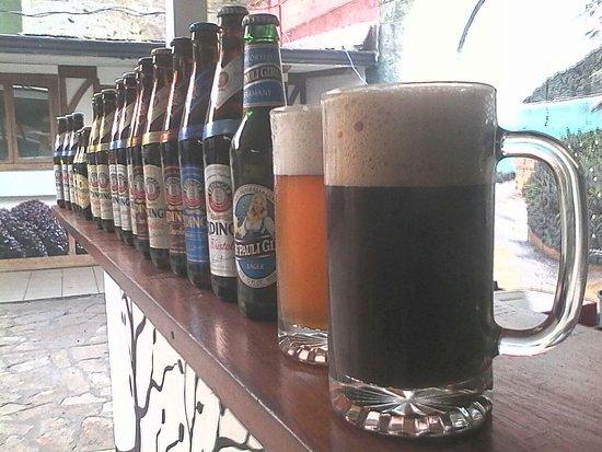 Kaffe Cafe Bistro: Más de 30 tipos de cervezas (nacionales y extranjeras)