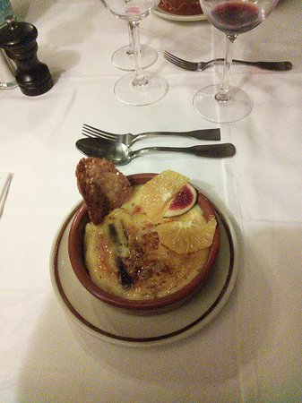 Valcebollere, Fransa: Crème Catalane