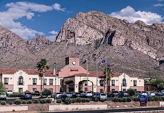 Fairfield Inn & Suites Tucson North/Oro Valley: Exterior