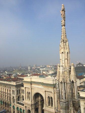 Sulle terrazze del Duomo - esce il sole - Picture of Duomo Rooftops ...