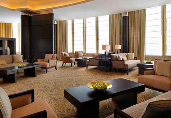 Courtyard Riyadh Diplomatic Quarter: Lobby Sitting Area