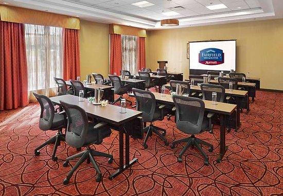 Fairfield Inn & Suites St. John's Newfoundland: O'Regan B Meeting Room