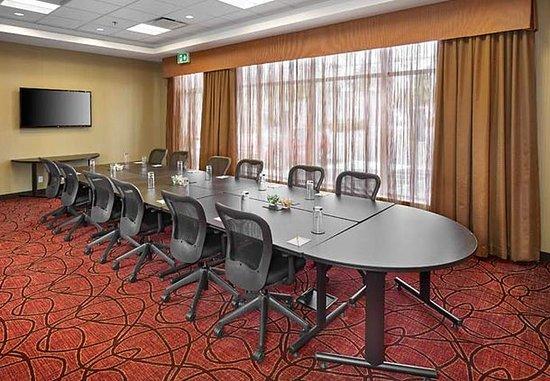 Fairfield Inn & Suites St. John's Newfoundland: Vista Meeting Room