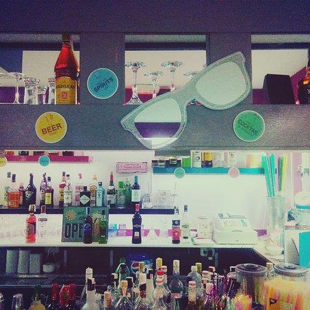 Becky's Bar