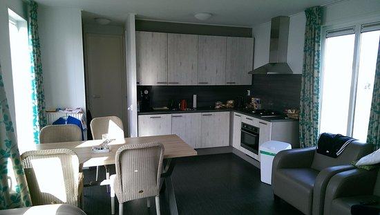Küche und Wohnzimmer - Picture of Zeebad, Breskens - TripAdvisor