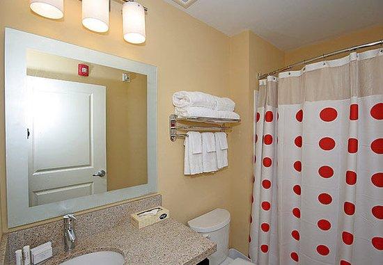 ไอเคน, เซาท์แคโรไลนา: Suite Bathroom