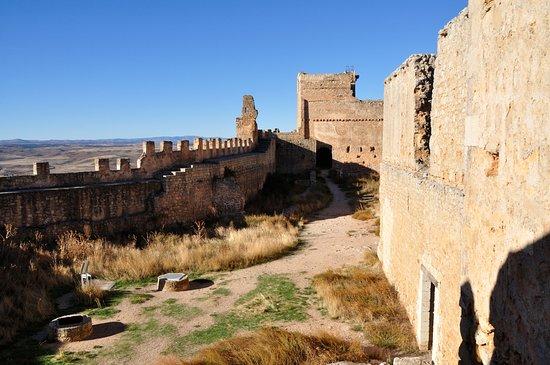 """Gormaz, สเปน: La zona """"noble"""" de la fortaleza"""