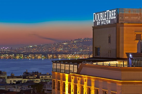 Doubletree By Hilton Hotel Izmir - 阿爾桑賈克