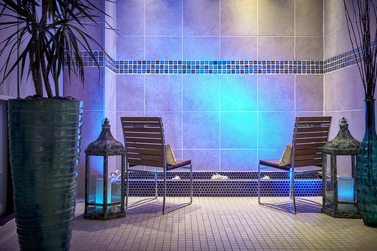 ‪Pure Blu Spa at Newport Marriott‬