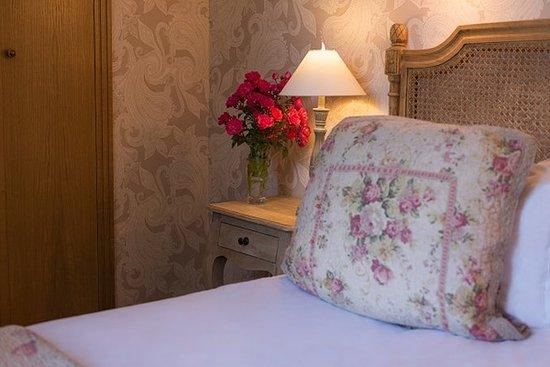 Courtils, France: Bedroom