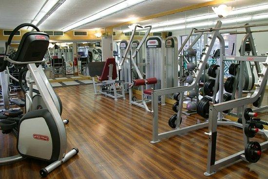 Fitness room picture of radisson blu portman hotel
