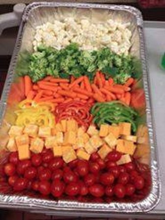 Mattoon, IL: Full size veggie tray feeds about 20 people