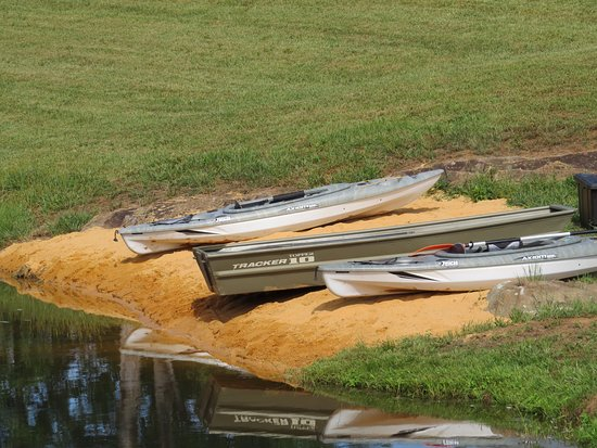 Nellysford, VA: boats to use