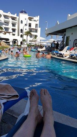 Pueblo Bonito Los Cabos: Relaxation by the pool