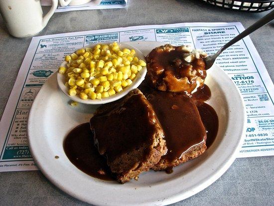 Kenny's Korner Inn: Meal