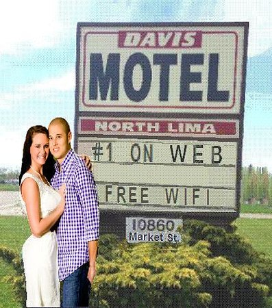 North Lima, OH: Newlyweds on Their Honeymoon