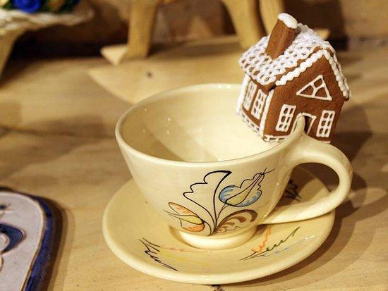 Olsztyn, Poland: Domek z piernika do świątecznej kawy ?!! Jak najbardziej !!!