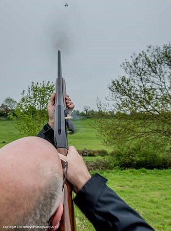 Findon, UK: Clay pigeon