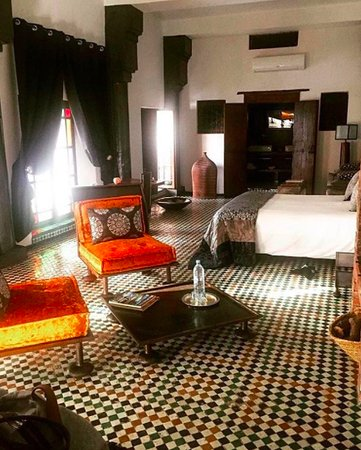 Riad Laaroussa Hotel and Spa: The Grey Suite