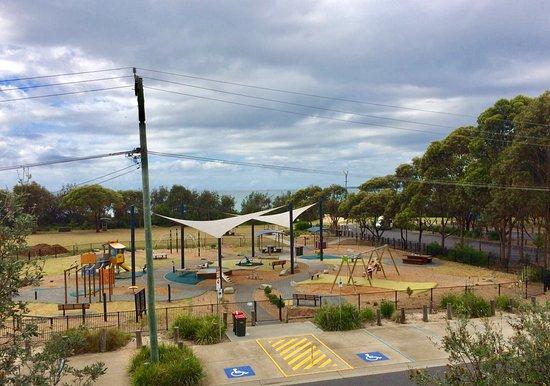 Ford Park Playground: Wonderful playground