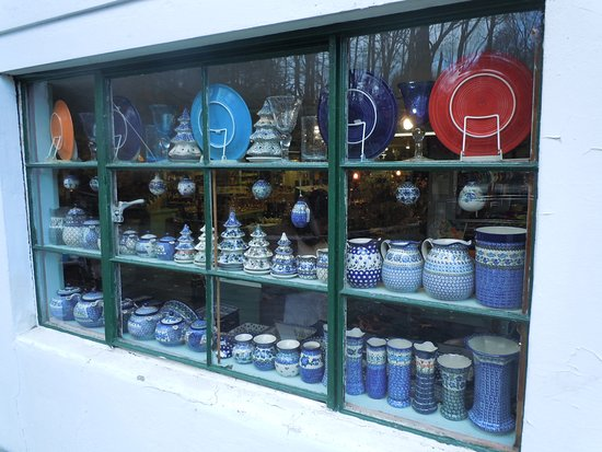 Cresco, PA: A window into the world of Holley Ross Pottery.