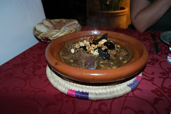 ‪‪Riad Aguerzame‬: Lamb Tajine at the Riad, very good‬