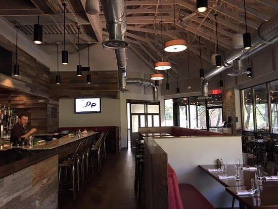 Main Restaurant Picture Of Reds Table Reston TripAdvisor - Red's table reston virginia