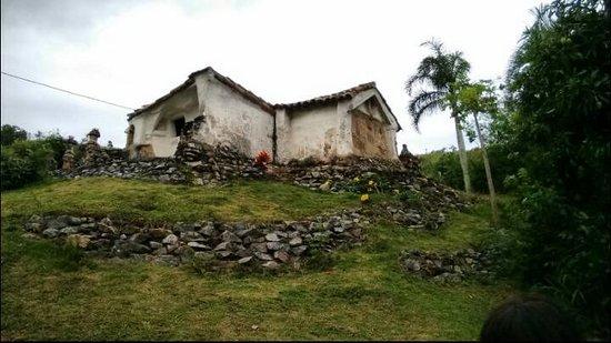 Sao Pedro da Aldeia: Casa da Flor, arquitetura espontânea