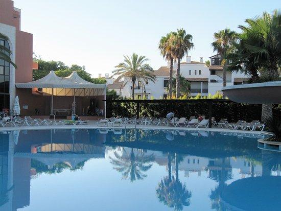 Hotels Near Falesia Beach Algarve