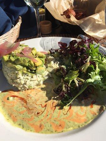 Romulus, Estado de Nueva York: Seafood avocado salad