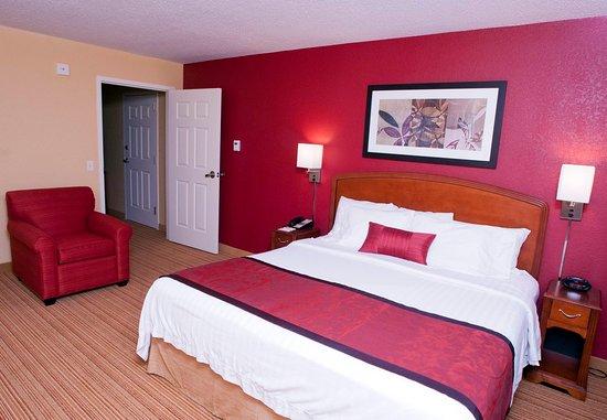 Middlebury, VT: Junior Suite Sleeping Area