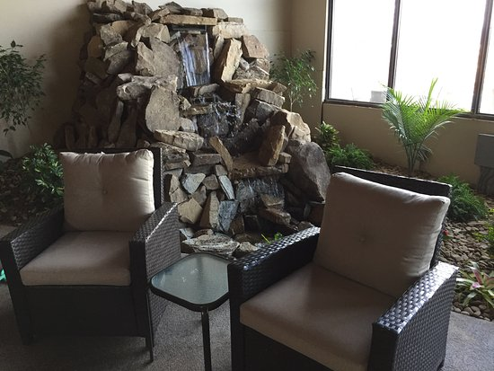 Indoor Waterfall And Sitting Area Near Pool - Picture Of The Cascades Mountain Resort, Hendersonville - Tripadvisor